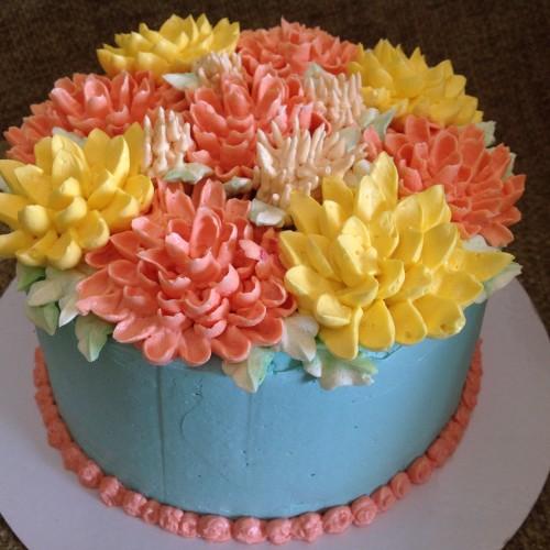 LoveaCupcake & LoveaCupcake - supplying cakes and cupcakes around Berkshire ... Aboutintivar.Com